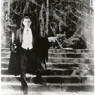 Bela Lugosi's Dracula cape to be displayed at museum