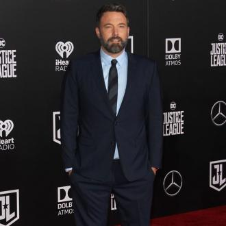 Ben Affleck leaves rehab for Xmas