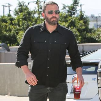 Ben Affleck teaching daughter Spanish