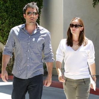 Jennifer Garner and Ben Affleck wear rings for kids