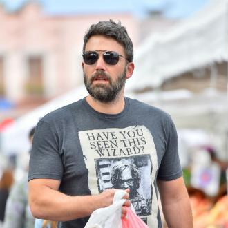 Ben Affleck bonds with his kids