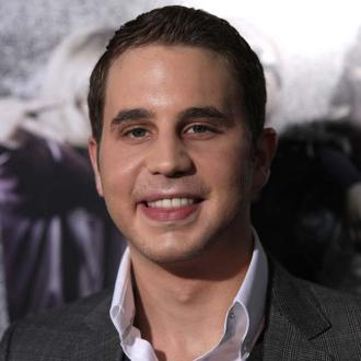 Pitch Perfect Cast Feel 'Under Pressure' With Sequel