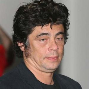benicio del toro david duchovnybenicio del toro young, benicio del toro ezra, benicio del toro height, benicio del toro 2017, benicio del toro wiki, benicio del toro filmography, benicio del toro gif, benicio del toro wife, benicio del toro films, benicio del toro filmleri, benicio del toro twitter, benicio del toro kimberly stewart, benicio del toro peliculas, benicio del toro interview, benicio del toro and daughter, benicio del toro twitter official, benicio del toro franky four fingers, benicio del toro horoscope, benicio del toro david duchovny, benicio del toro sicario
