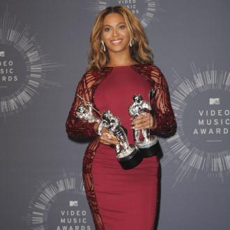 Beyoncé Buys Out Ivy Park Clothing Line