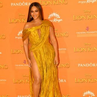 Beyonce's feline look