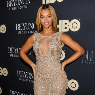 Beyonce fought with manager father