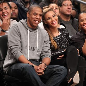 Beyonce and Jay Z spend $100,000 on champagne