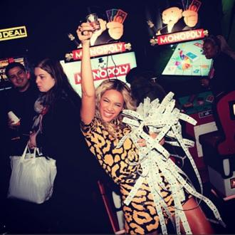 Beyonce Holds Album Launch In Arcade