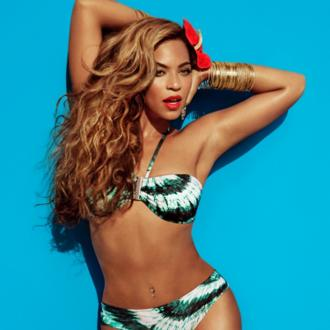 Beyonce Fuming Over Photoshopped H+m Images?