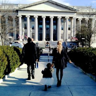 Beyoncé Takes Blue Ivy To The White House