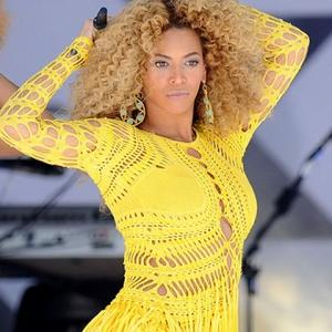Julien Macdonald's Beyonce Honour