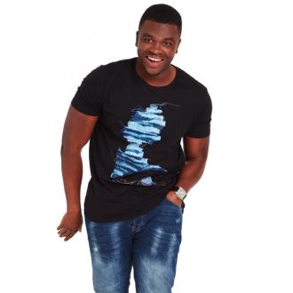 Big Shaq Joins Jeans For Genes Campaign