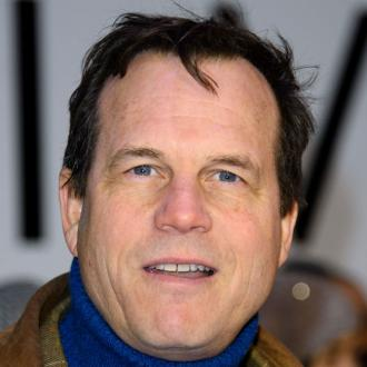 Stars pay tribute to Bill Paxton