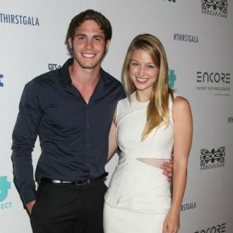 Melissa Benoist files for divorce