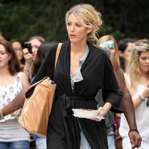Food Smuggler Blake Lively
