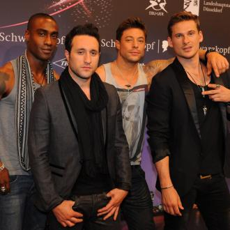 Simon Webbe grateful for rich Russian Blue fans