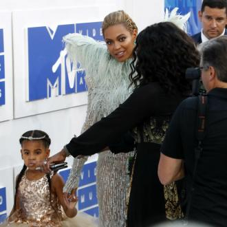 Blue Ivy Is 'Very Good' Sister To Twins