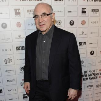 Bob Hoskins left entire estate to wife Linda