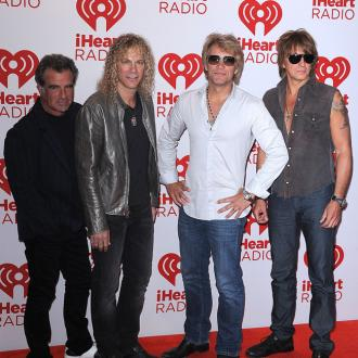 Bon Jovi To Receive Icon Award