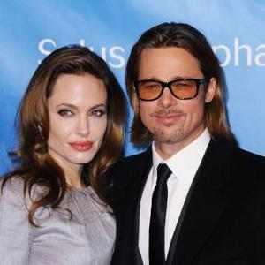 Brad Pitt And Angelina Jolie Send Message To The Queen
