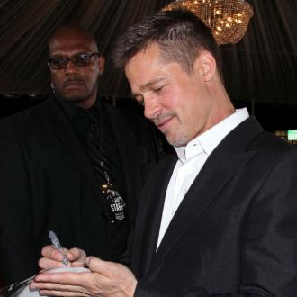 Brad Pitt thanks fans