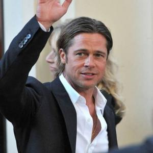 Brad Pitt Charters Supermarket Helicopter