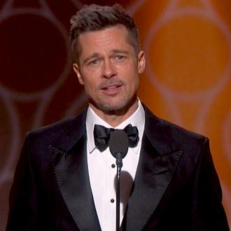 Brad Pitt makes surprise Golden Globes appearance
