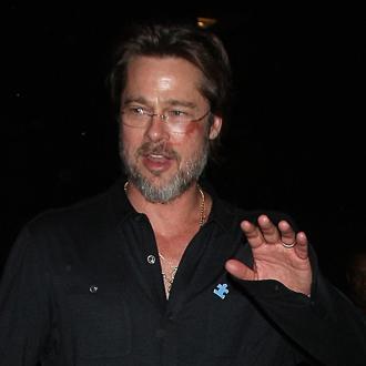 Brad Pitt hurts face