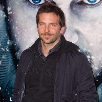 Bradley Cooper: Kissing Sarah Jessica Parker A ''Nightmare''