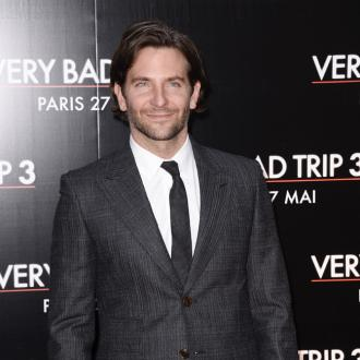 Bradley Cooper Has Burger Flipping Lesson
