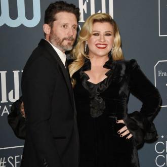 Kelly Clarkson's ex Brandon Blackstock agrees to joint custody