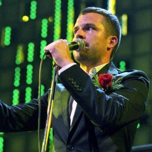 Brandon Flowers Didn't Want To Go Solo