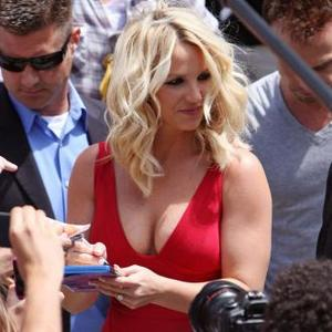 Britney Spears Looks For Mtv Snake