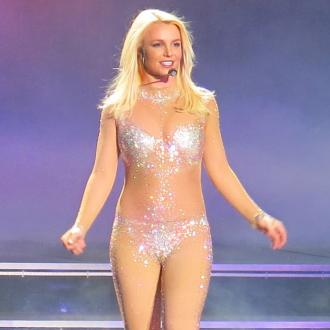 Britney Spears Leaves Restaurant Without Paying