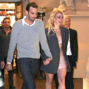 Britney Spears 'Planning Country Wedding'