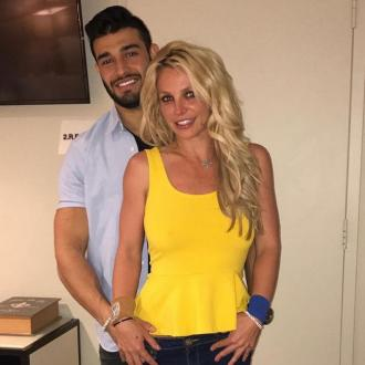 Britney Spears opening gym with boyfriend?