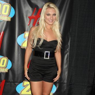 Brooke Hogan calls off engagement