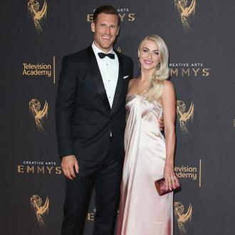Julianne Hough gives Brooks Laich a 'massive kiss' every night