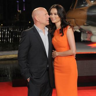 Bruce Willis Can Change Baby In Seven Seconds