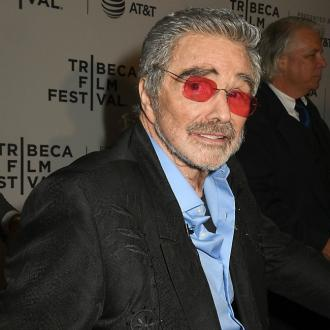 Burt Reynolds' will gives estate to niece