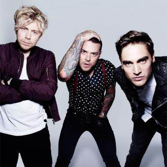 Busted want to play Glastonbury Festival