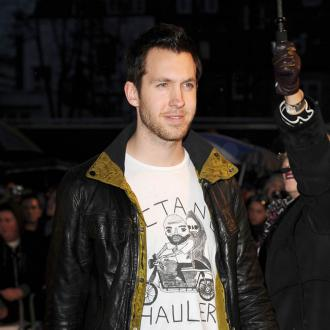 Calvin Harris Joins Robbie Williams' Soccer Team