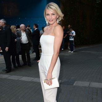 Cameron Diaz And Gwyneth Paltrow Visit Wedding Show