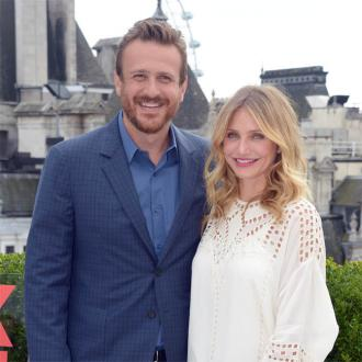 Jason Segel and Cameron Diaz's awkward modesty garments