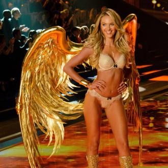 Candice Swanepoel inspired by Farah Fawcett