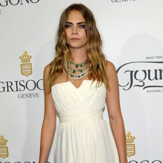 Cara Delevingne's 'Transforming' Make-up