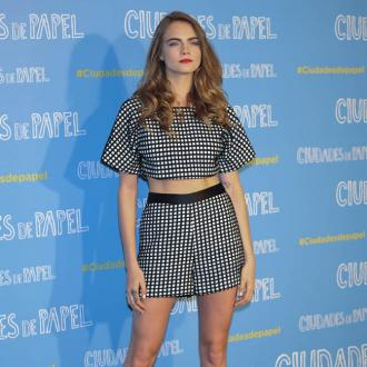 Cara Delevingne gets asked for photos when she's wiping her bottom