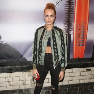 Cara Delevingne's mother warns her off plucking her eyebrows