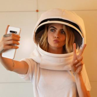 Cara Delevingne sending first ever 'space selfie'