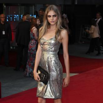 Cara Delevingne Doesn't Pluck Eyebrows